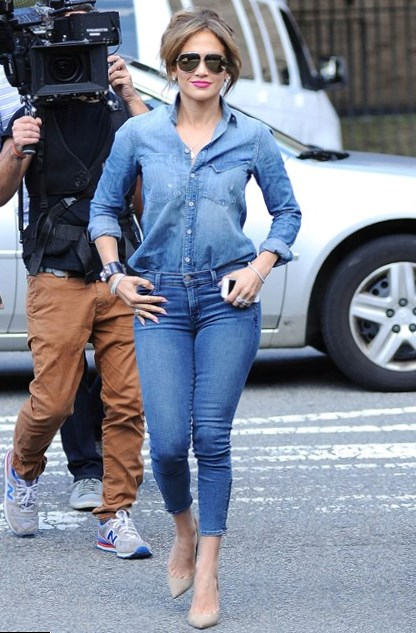 Celebrity Fashion Double Denim Style Photos