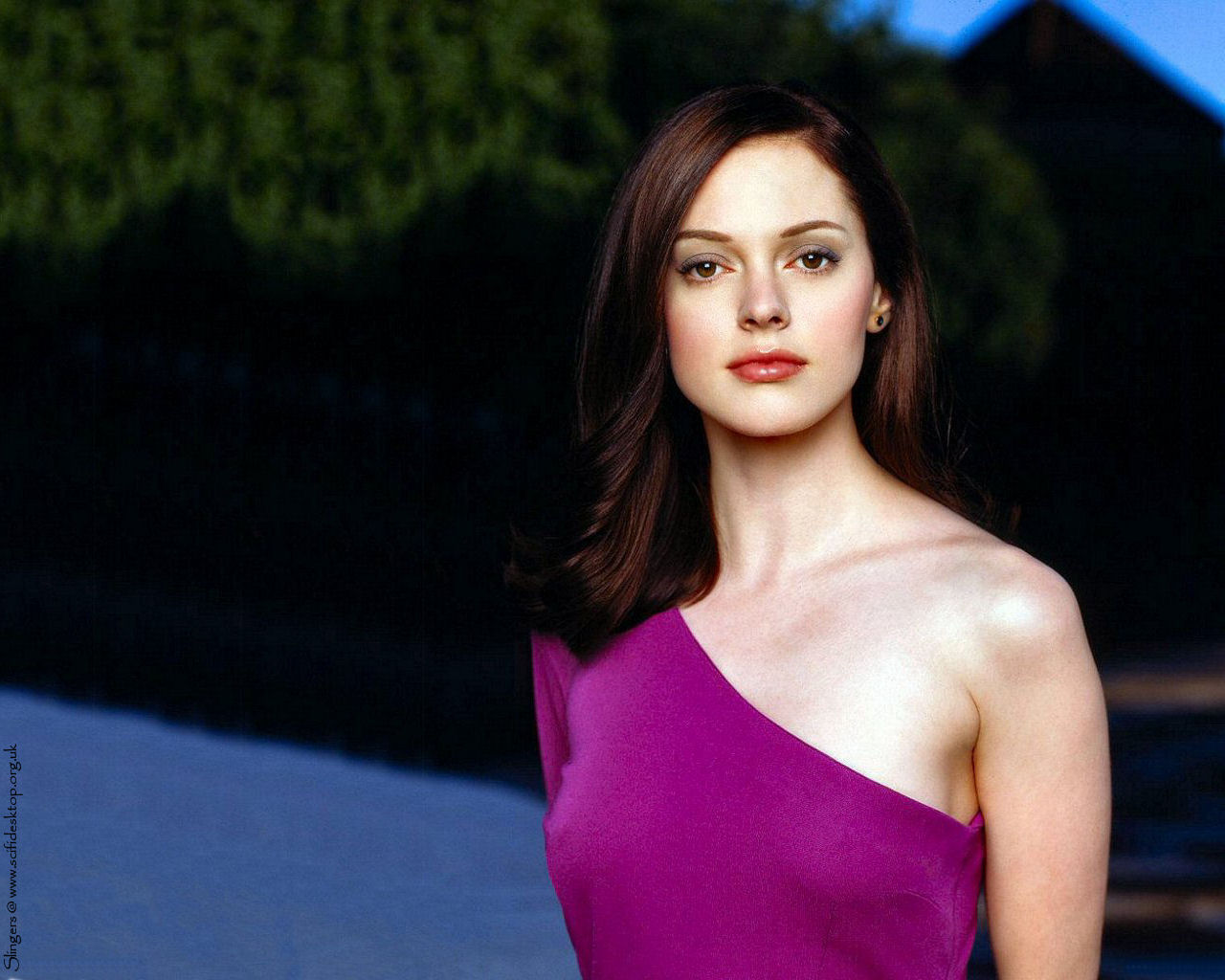 Rose Mcgowan 2006