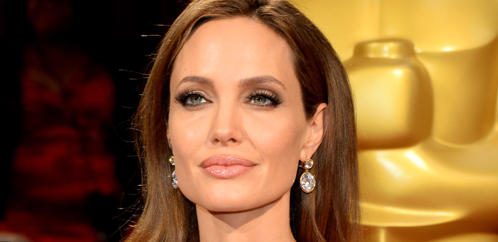 How old is Angelina Jolie The history of eminent actress