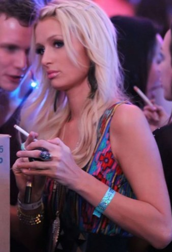 http://starschanges.com/wp-content/uploads/2015/05/Paris-Hilton1.jpg
