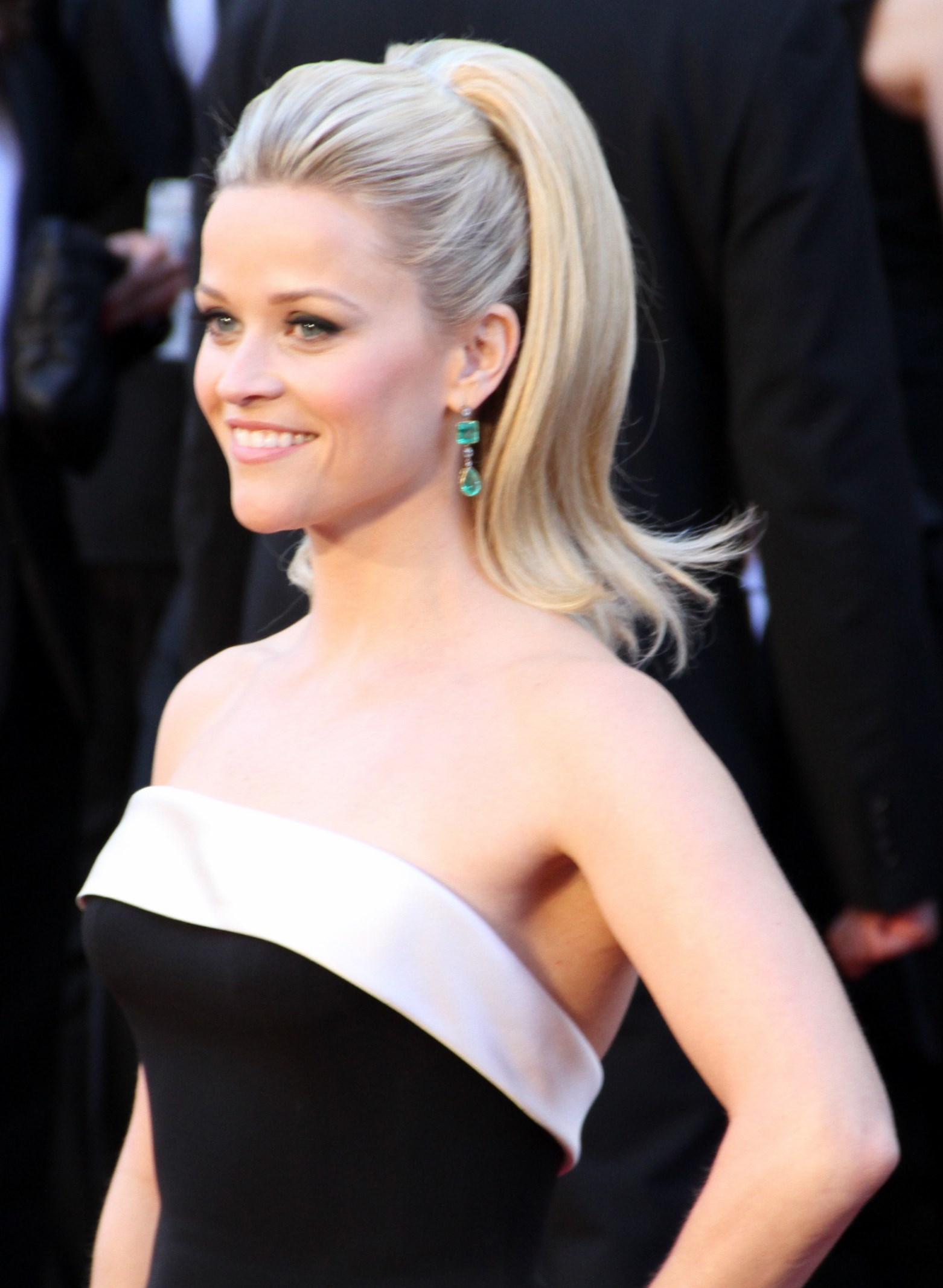 Celebrity Reese Wither... Reese Witherspoon Height