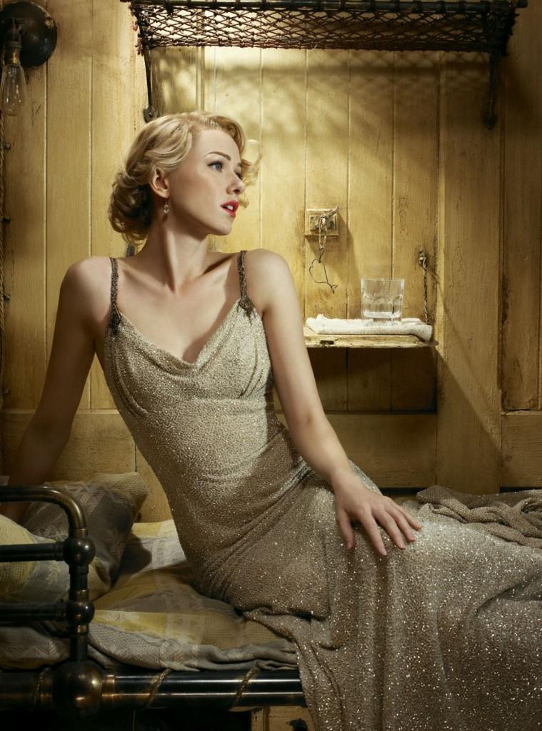 Celebrity Naomi Watts ...