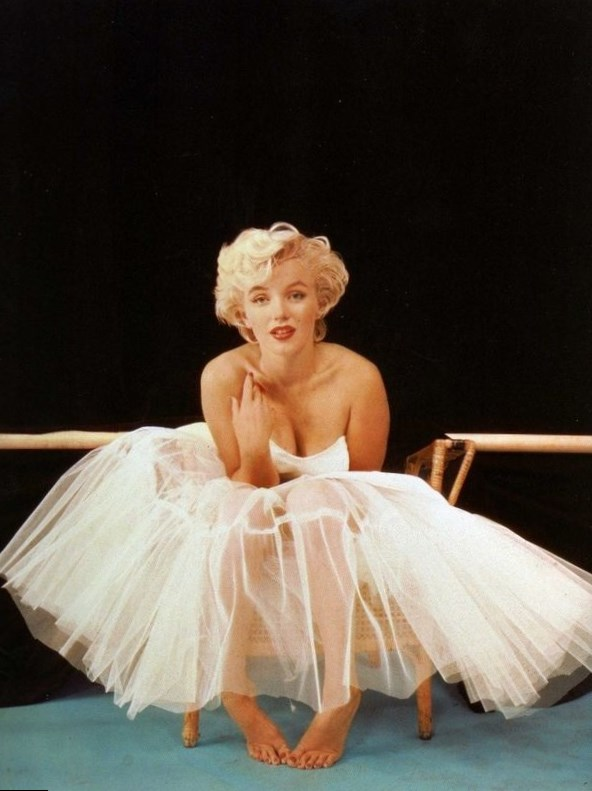 Buy marilyn monroe white ballerina dress.