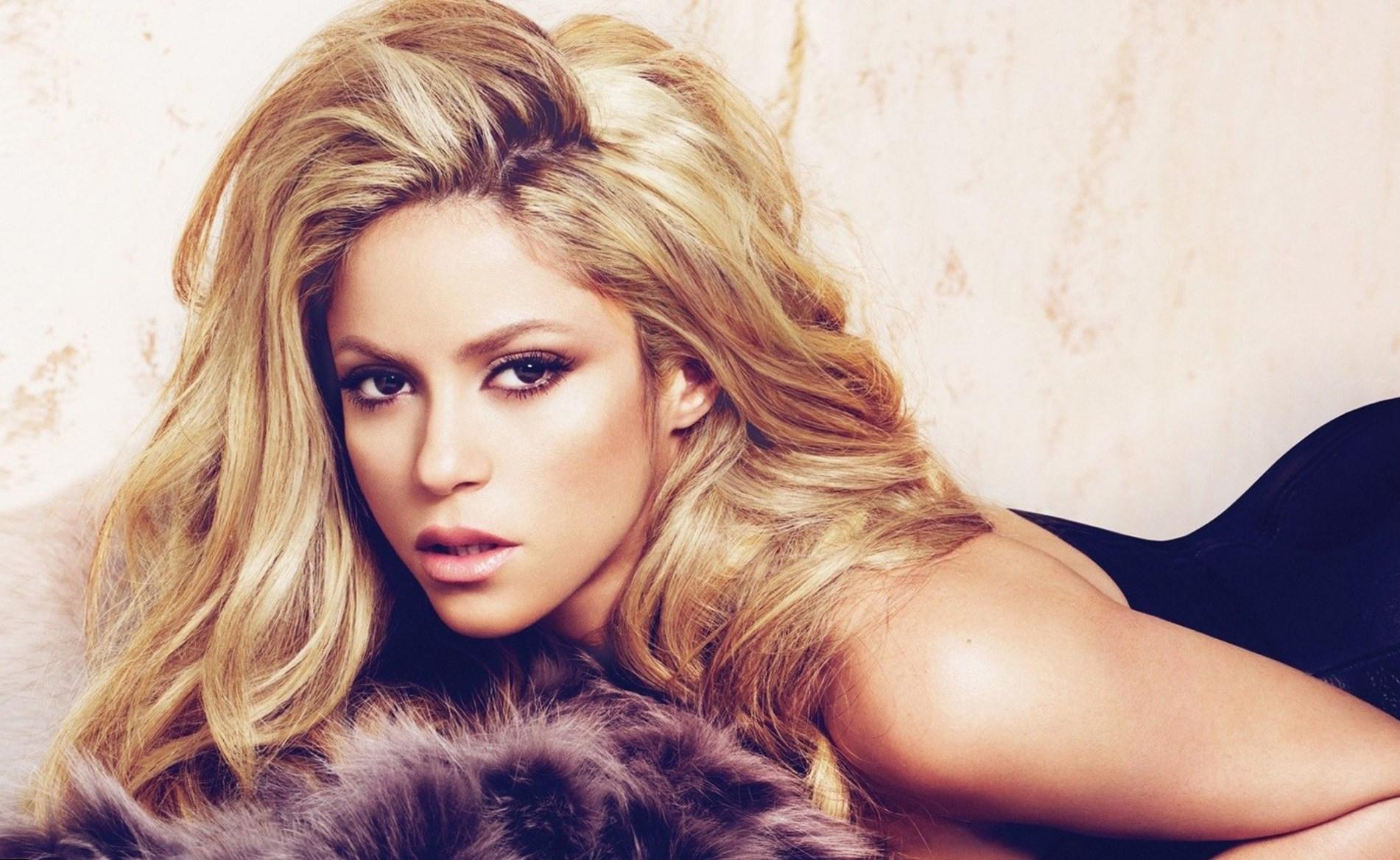 Top 10 Shakira's best songs - video Shakira