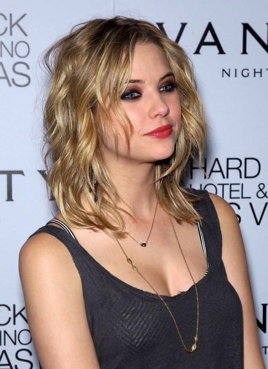 Ashley Benson Best Looks Style Photo