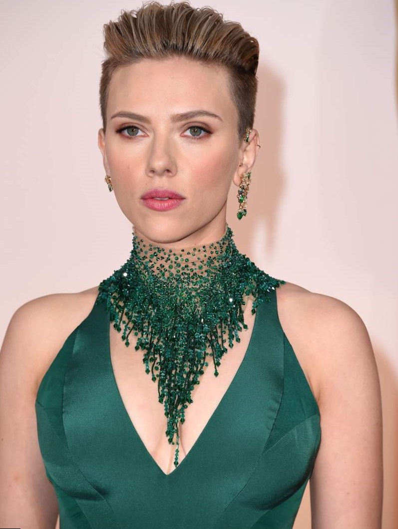 Scarlett Johansson - Weight, Height and Age Scarlett Johansson