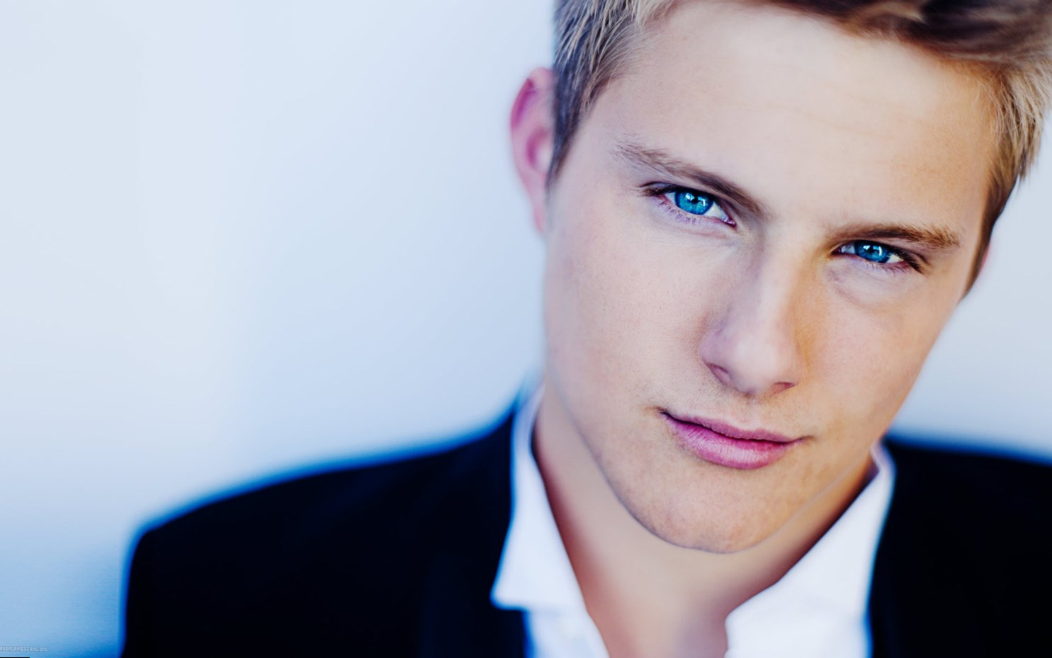 Forum on this topic: Kim Mullen, alexander-ludwig/