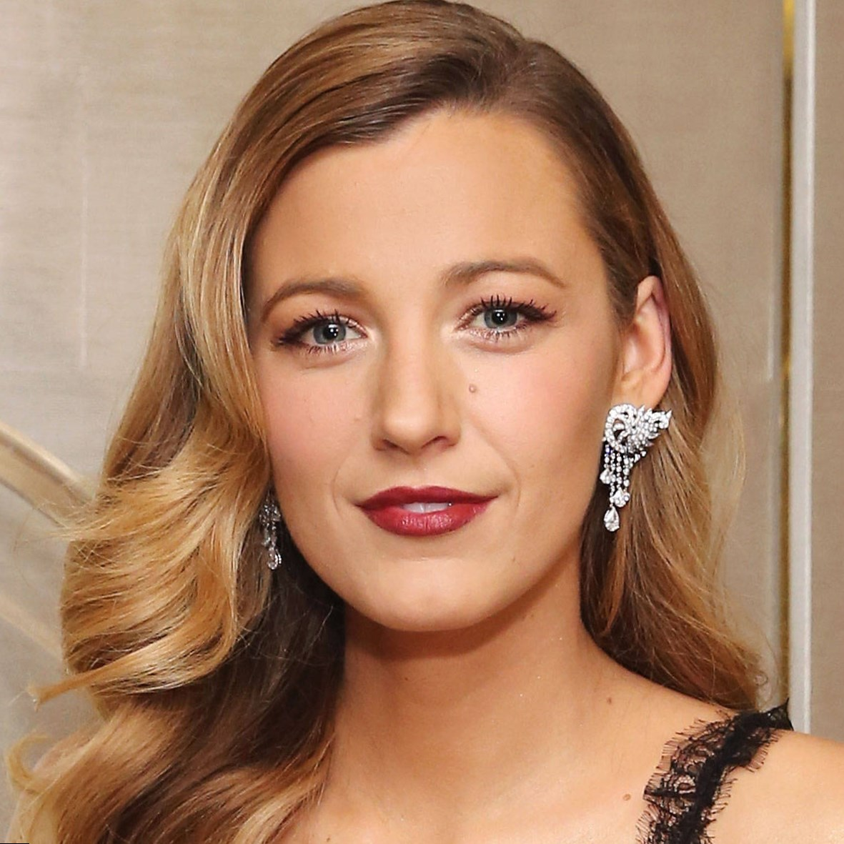 Blake Lively Celebrity Hair Changes Really