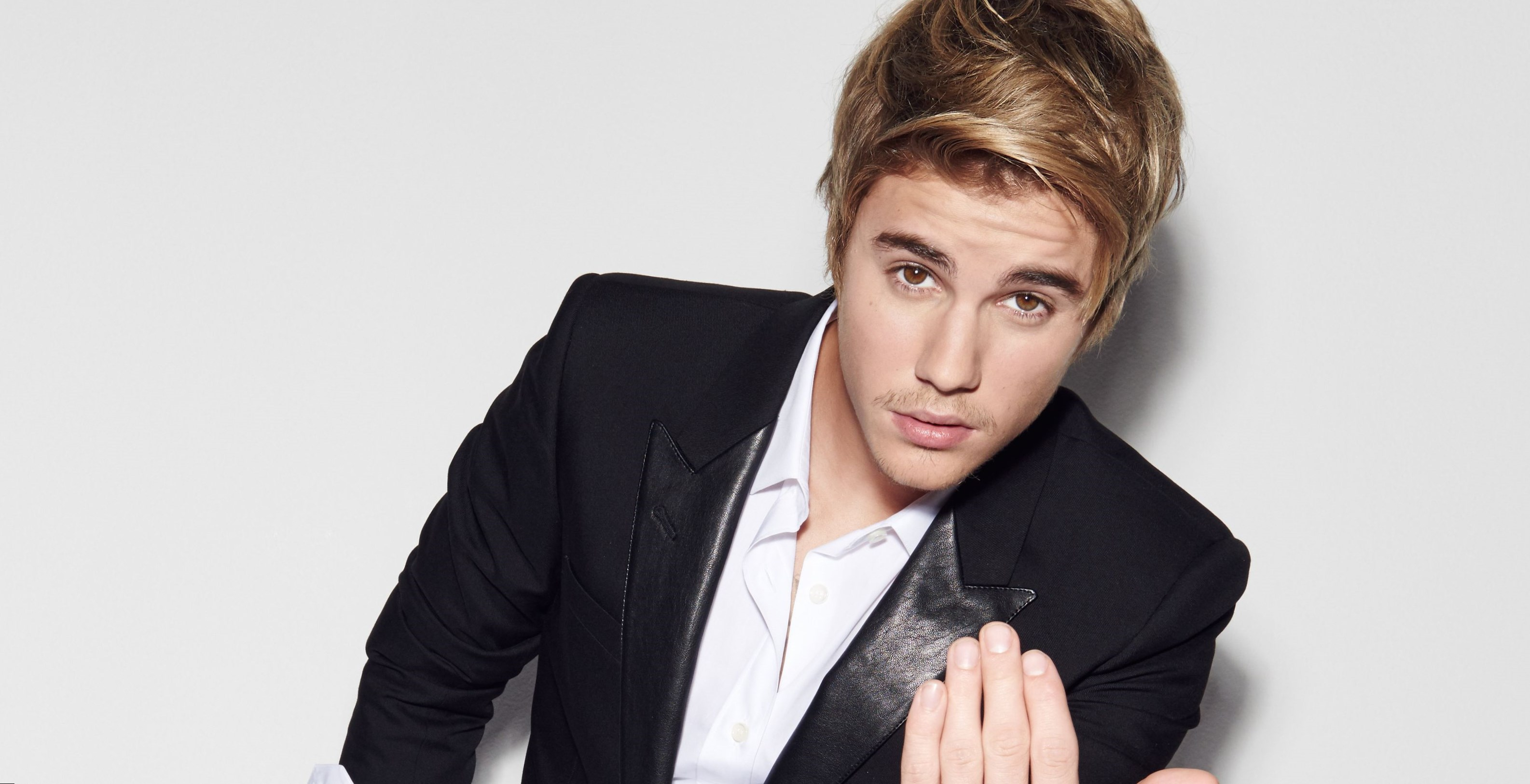 Justin Bieber best songs and albums. Find it out!