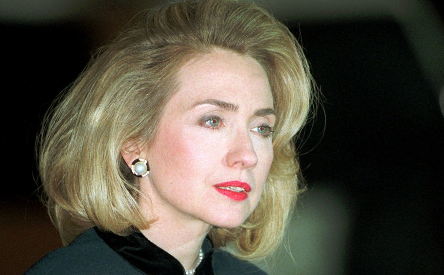 Hillary Clinton New Hairstyle 2015
