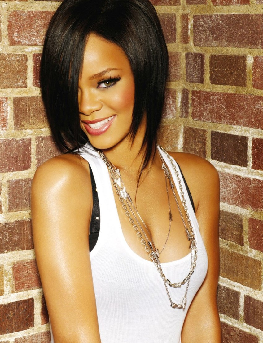 Rihanna - Celebrity Hair Changes