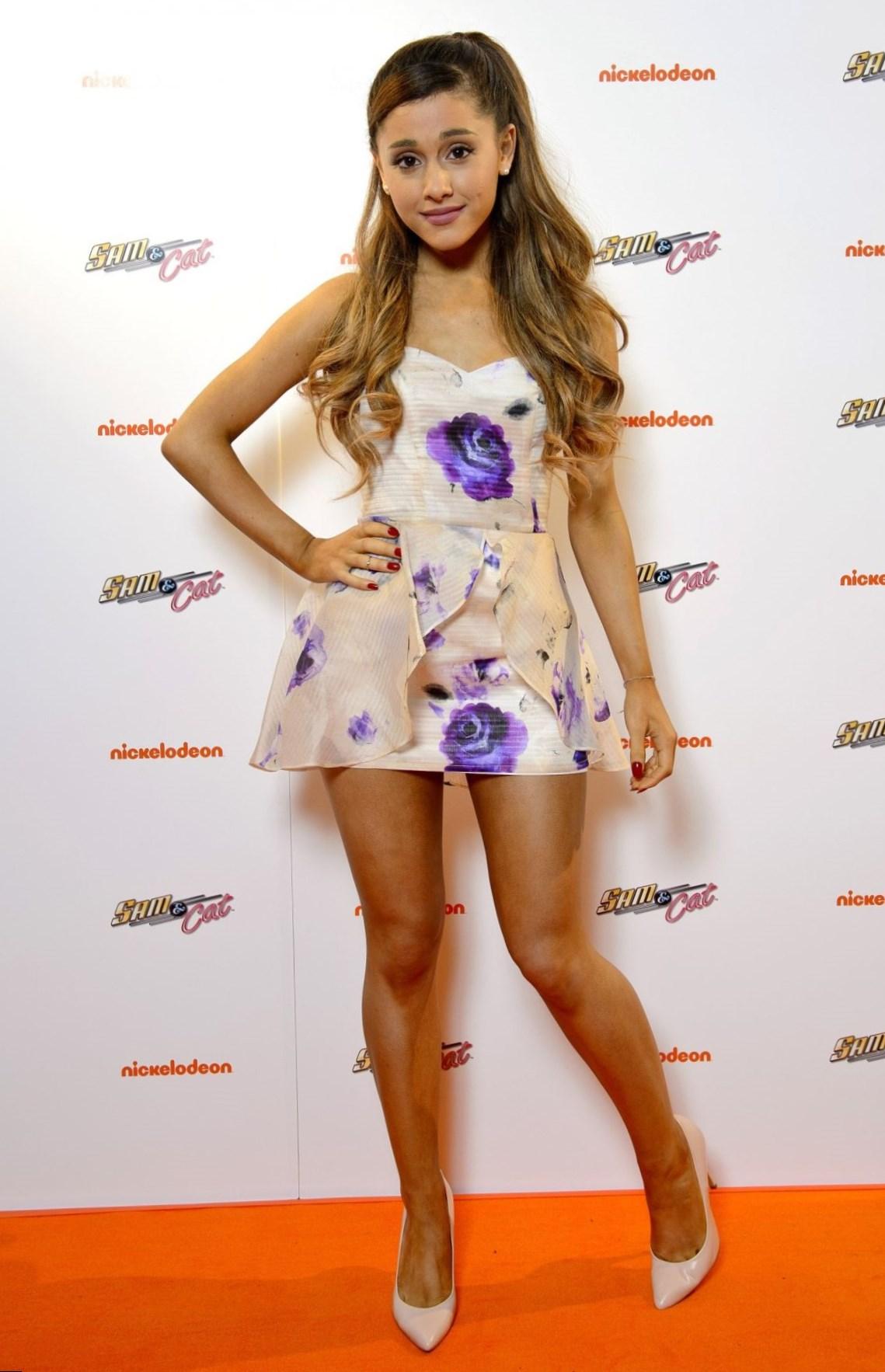 Ariana Grande - Celebrity Style