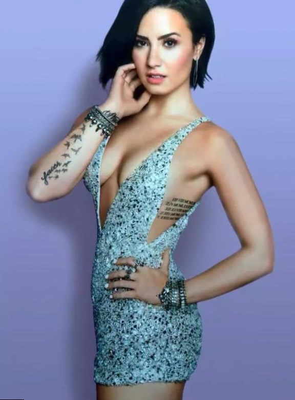 Demi Lovato Height Weight Age