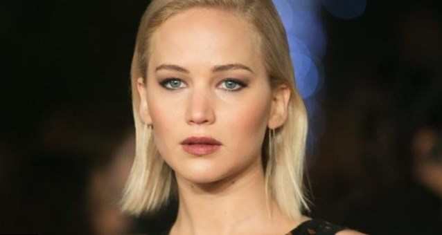 Jennifer Lawrence weig...