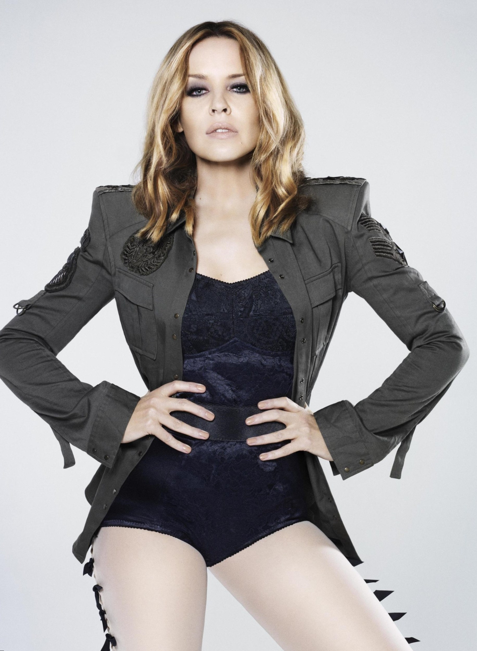 Kylie Minogue - Height, Weight, Age