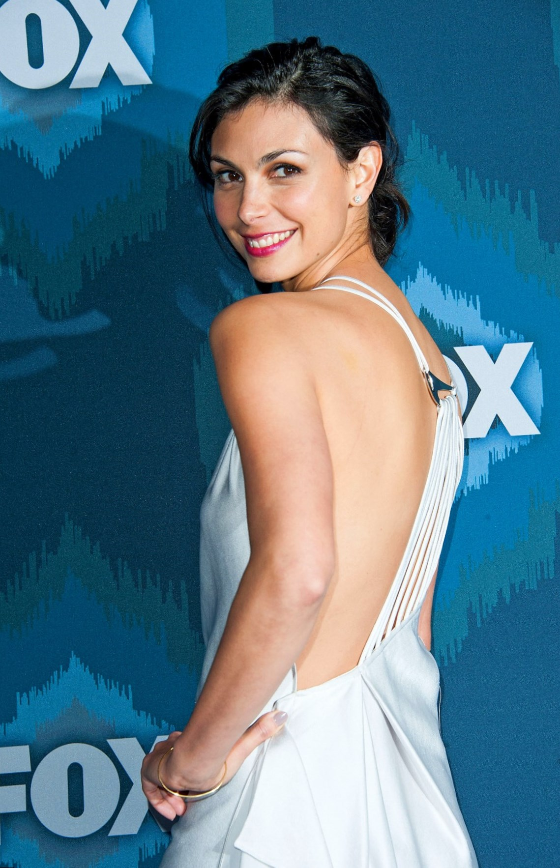 Morena Baccarin Weight Height And Age We Know It All