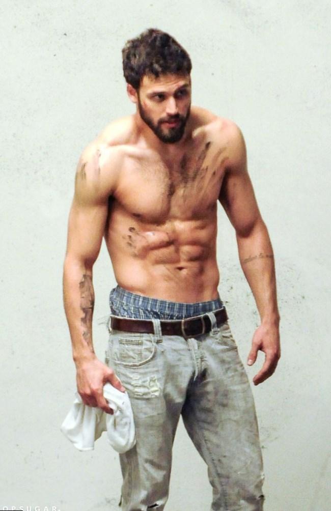 Ryan Guzman - Height, Weight, Age