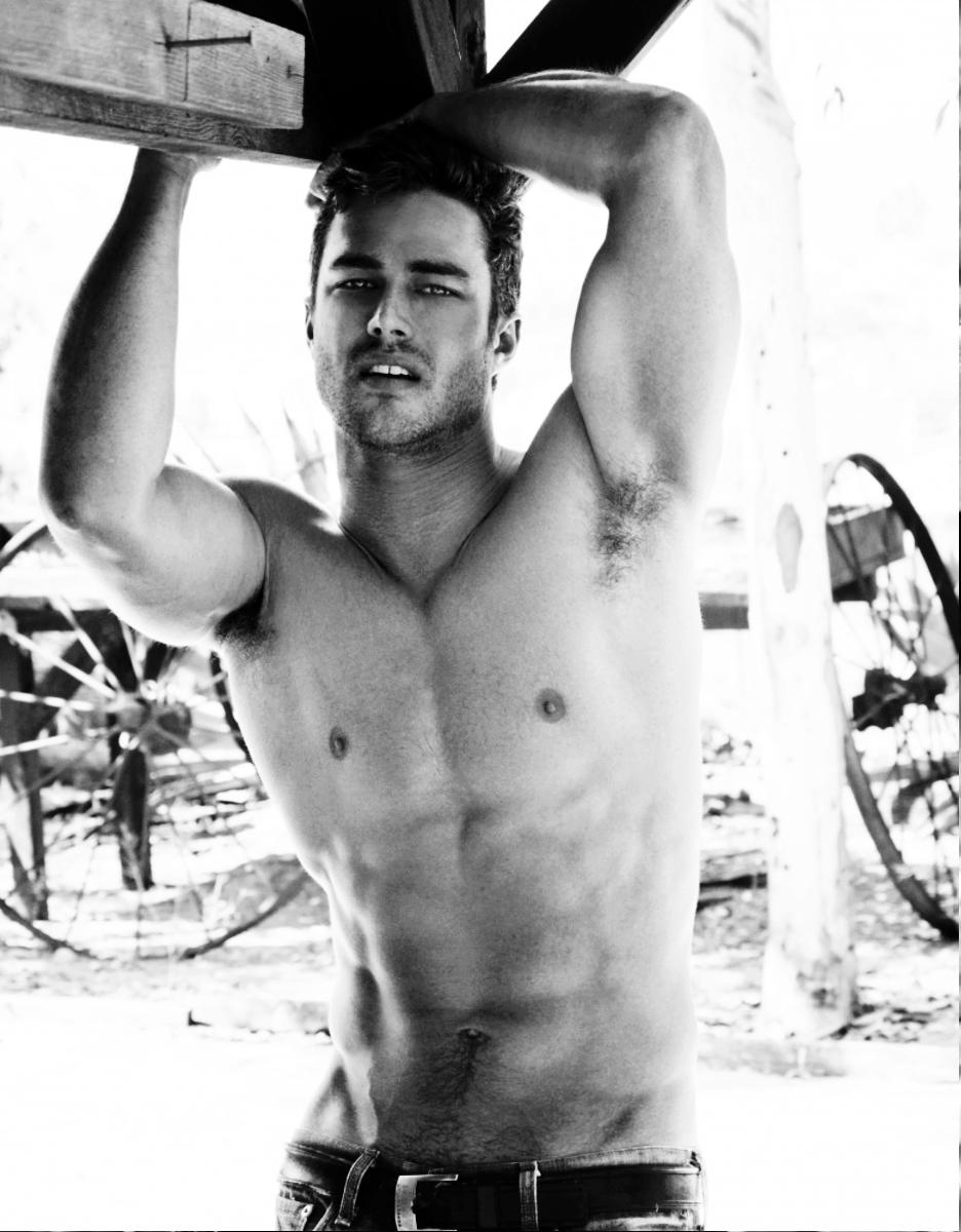 Taylor Kinney Height Weight Age