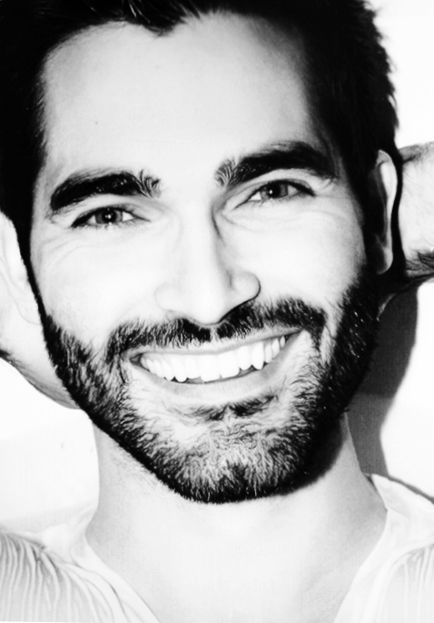 Tyler Hoechlin - Height, Weight, Age