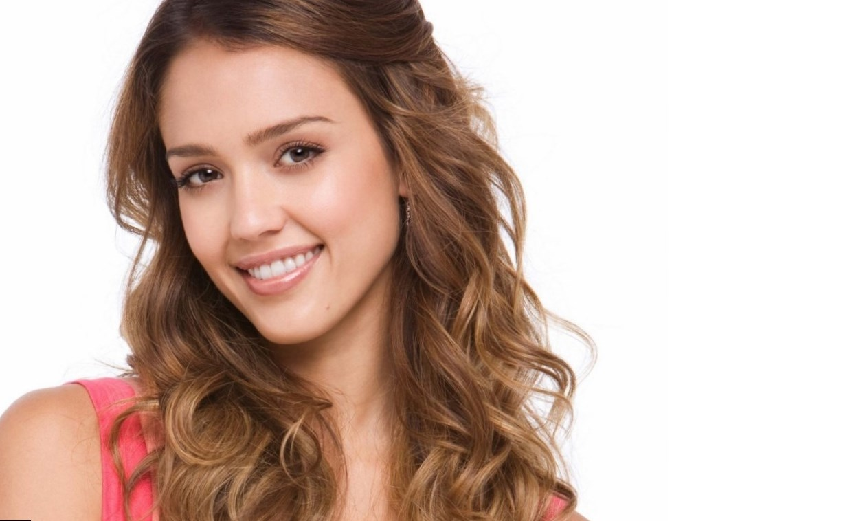 Alba Jessica Height, Weight, Age