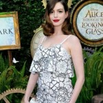 Anne Hathaway – Height, Weight, Age