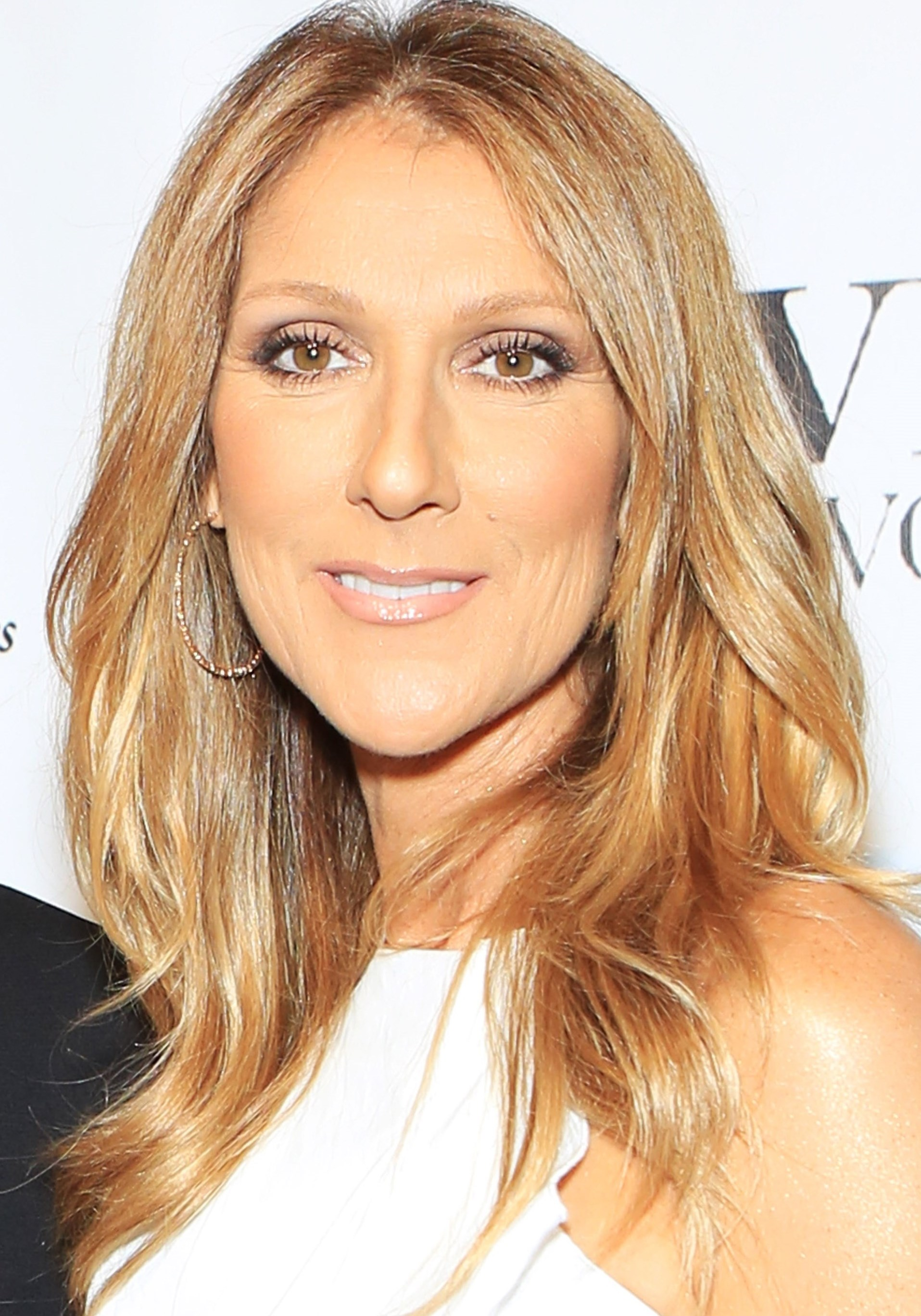 Celine Dion weight, height and age. We know it all!