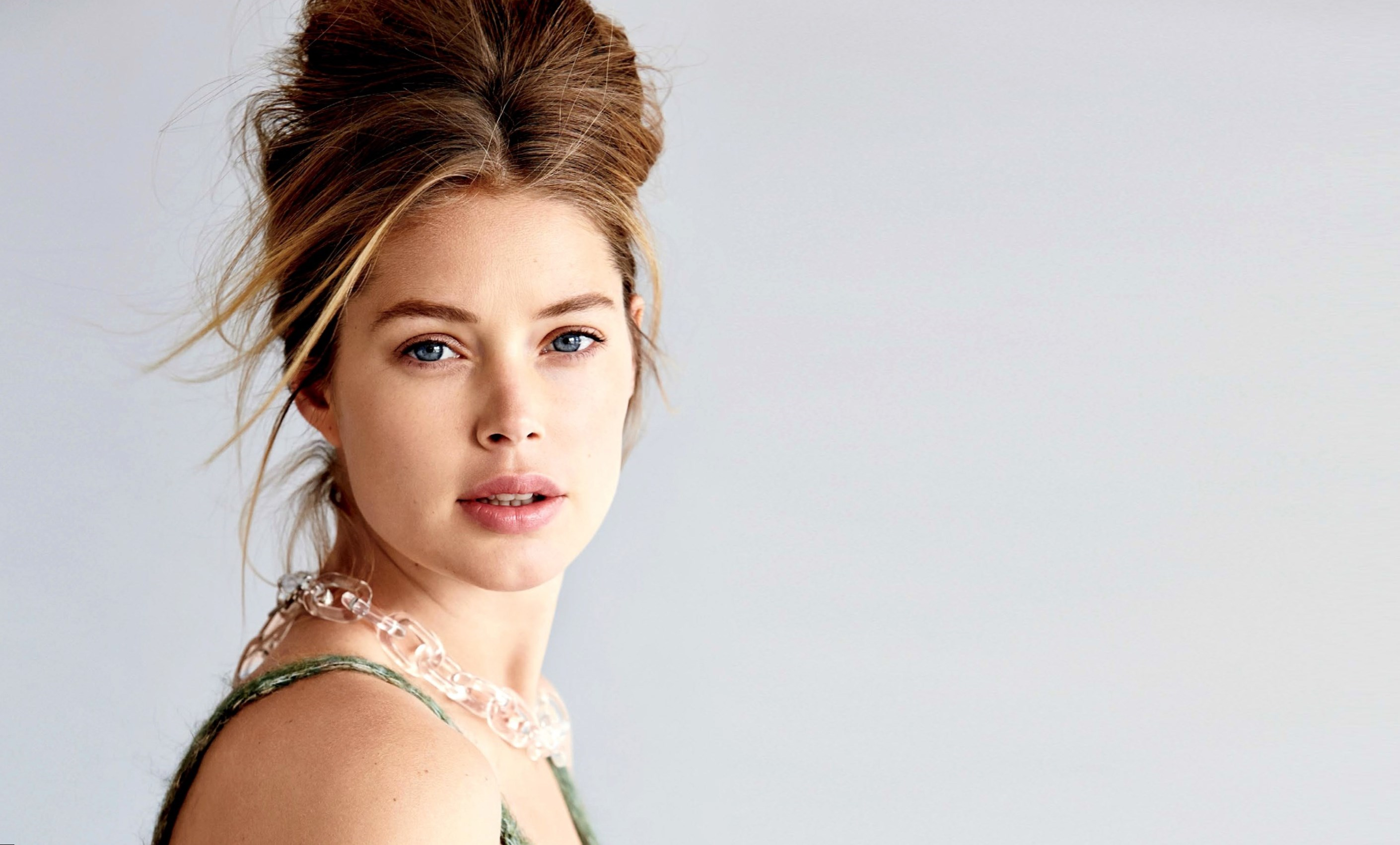 Doutzen kroes weight height and age we know it all for Model height