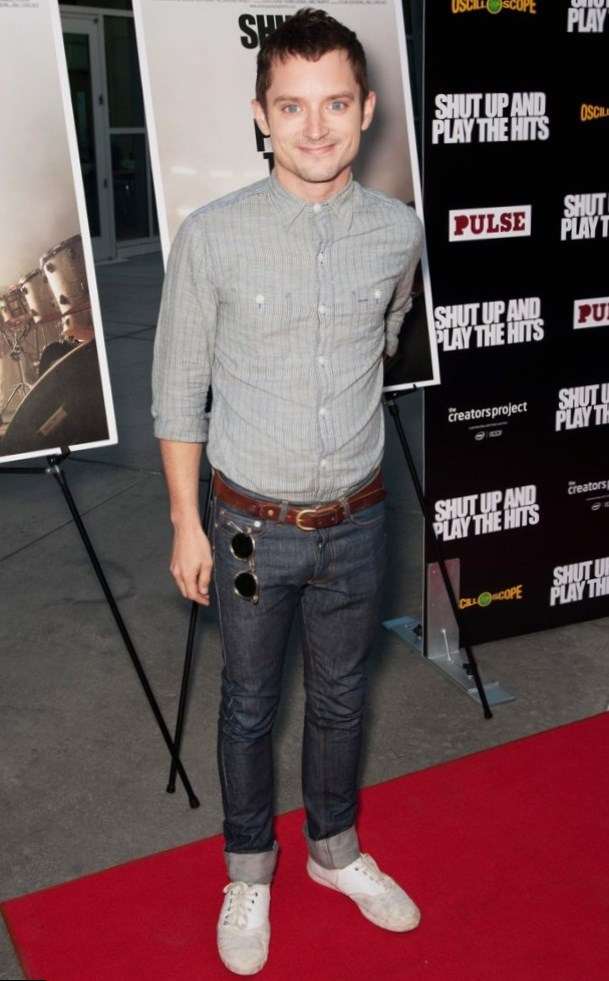Elijah Wood weight, height and age. Body measurements!