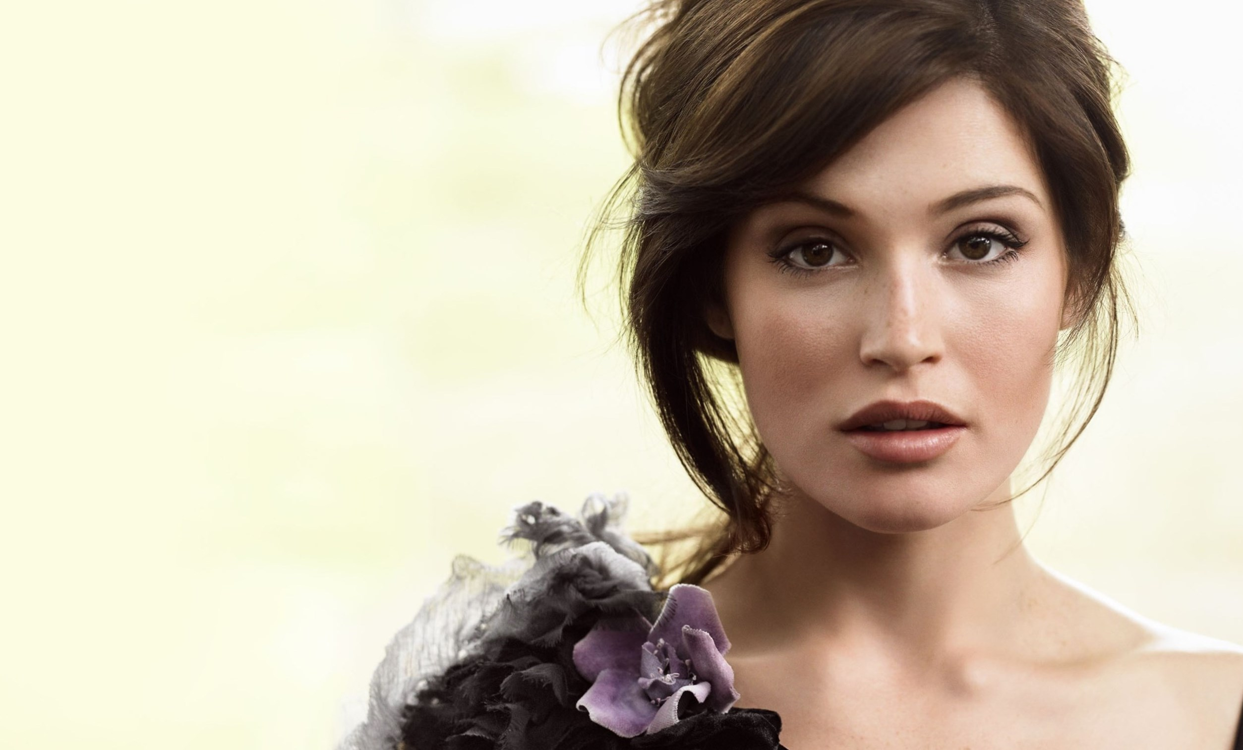 Gemma Arterton Weight Height And Age We Know It All