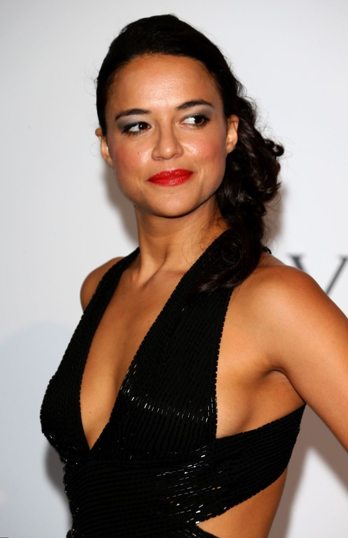 Michelle Rodriguez Nude Photos 40
