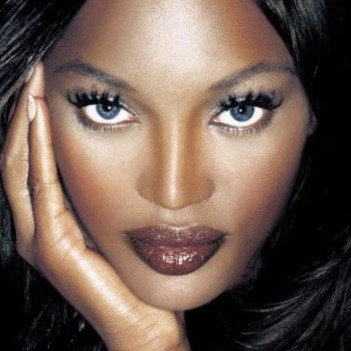 Naomi Campbell Weight Height And Age We Know It All