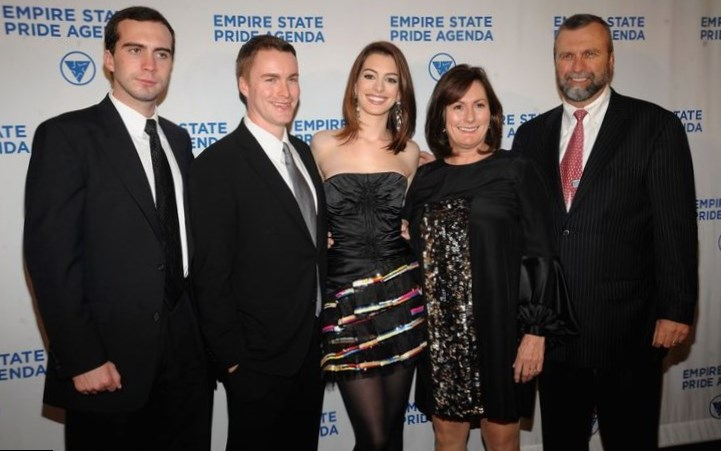 Anne Hathaway with Brothers and Parents
