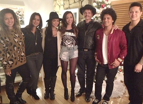 Bruno Mars family: siblings, parents, children, wife