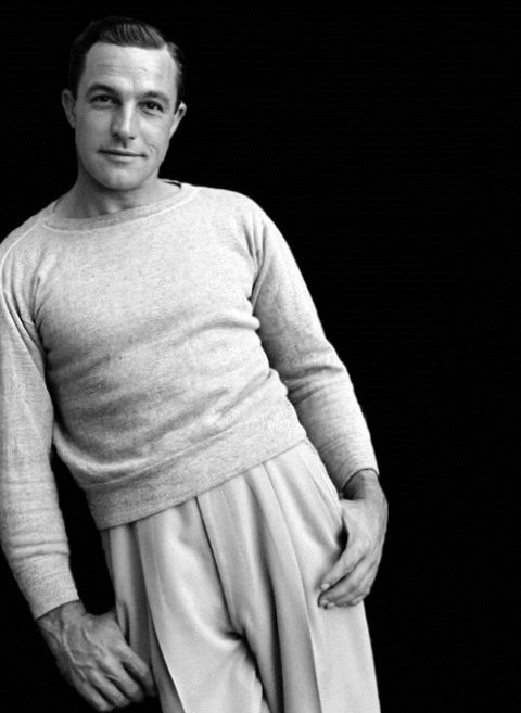 Gene Kelly Height, Weight, Age