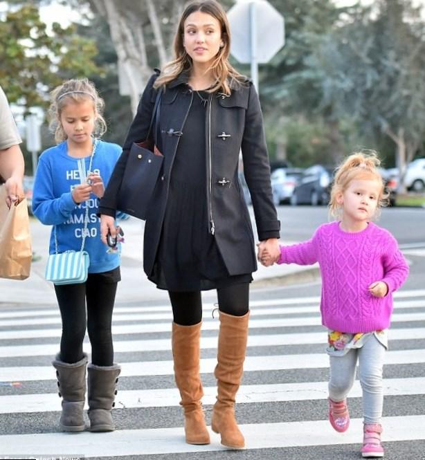 Jessica Alba family: s...