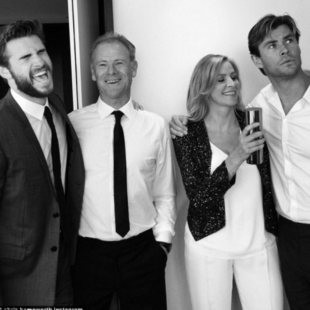 Liam Hemsworth family:...