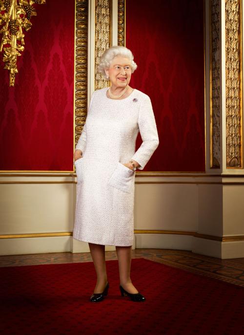 Queen-elizabeth-iiш