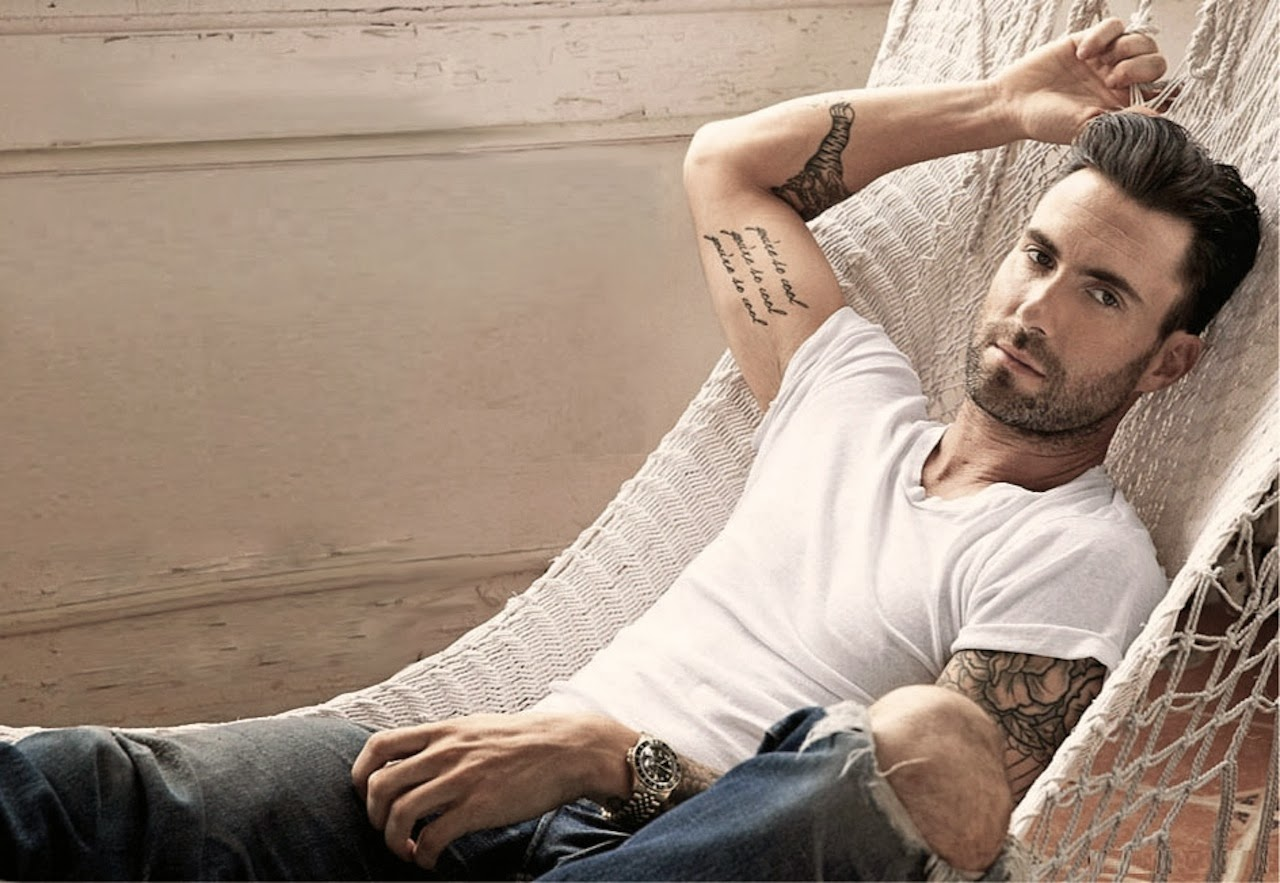 Adam Levine Height Weight Age Body Measurements