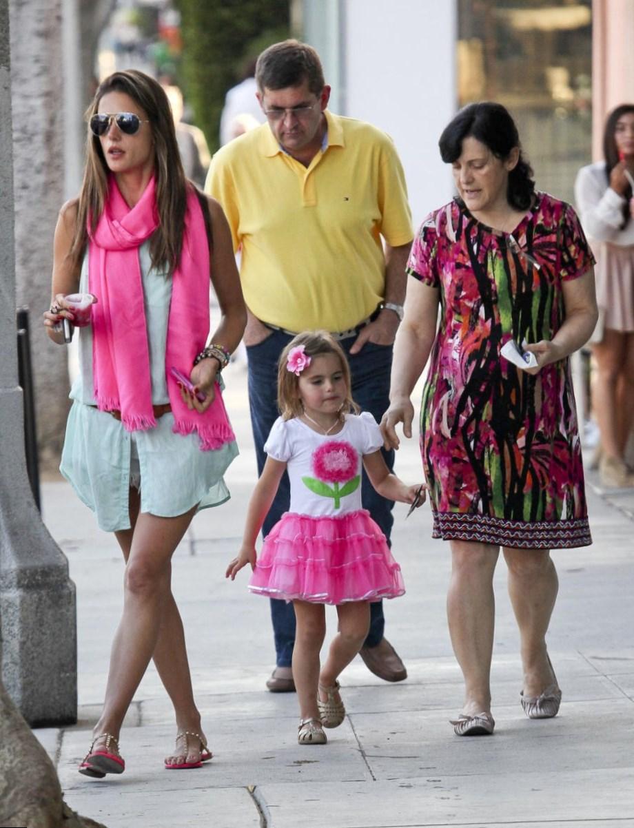 alessandra-ambrosio-family.jpg