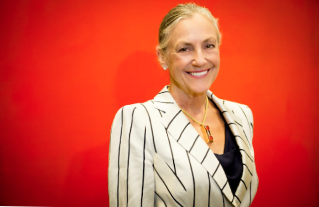 Alice Walton Height
