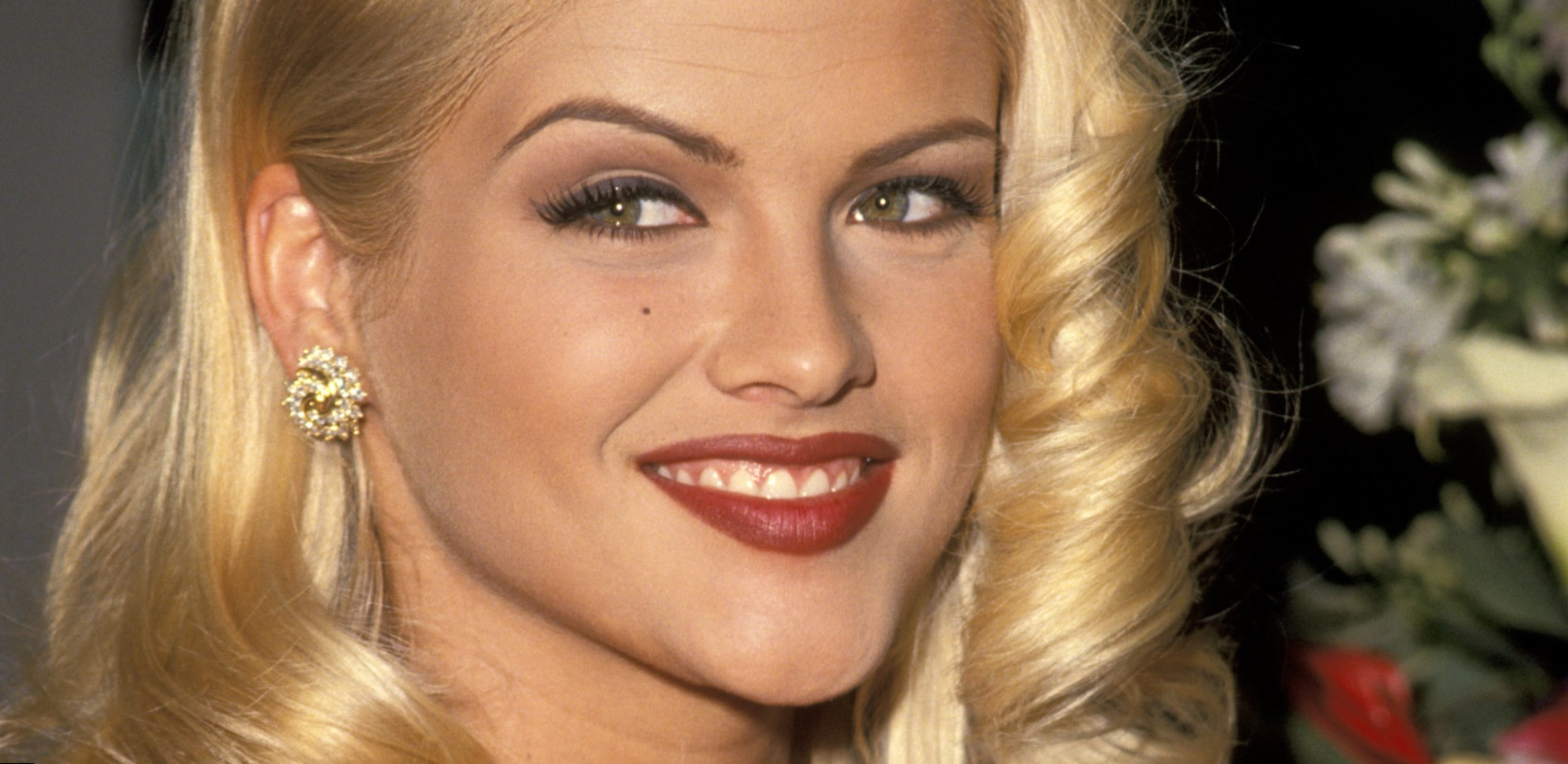 For the Anna boob nicole size smith pity