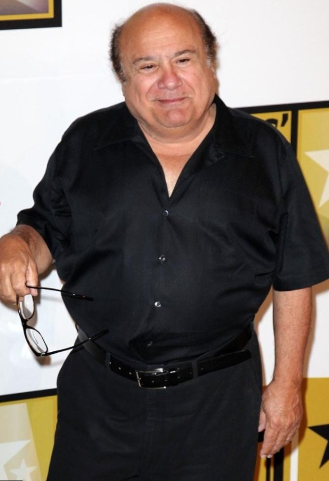 Danny DeVito height, w...