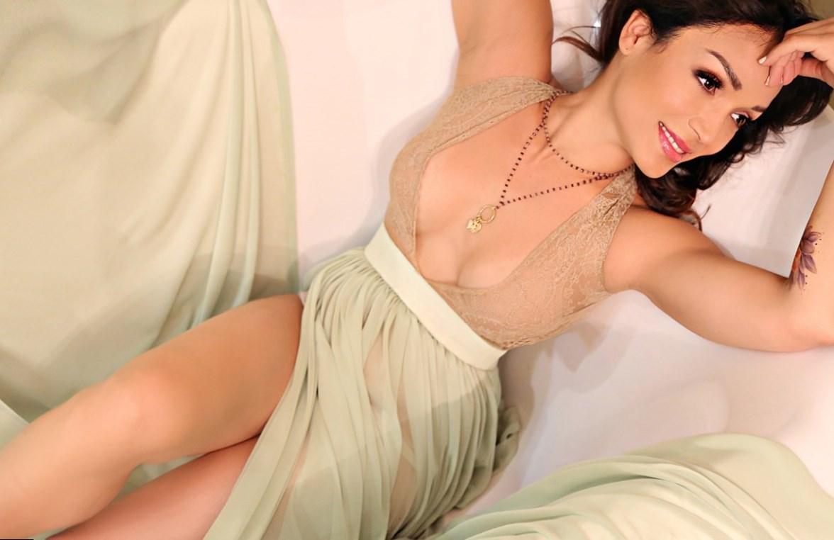 Mayte Garcia Height