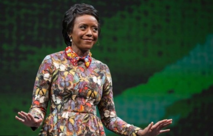 Mellody Hobson Height
