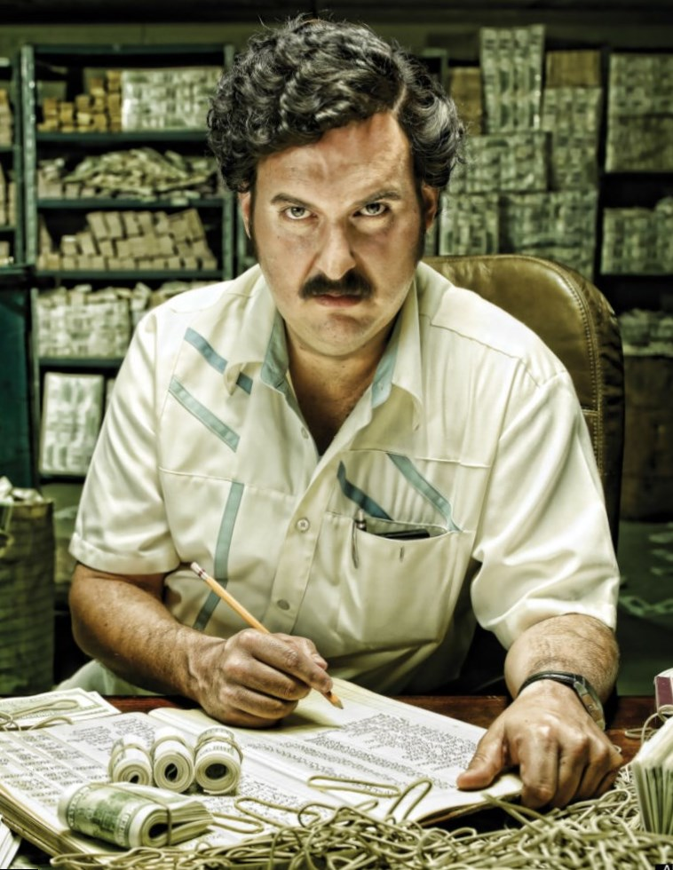 killing pablo pablo escobar He has admitted to killing at least 250 as the head of drug lord pablo escobar's  terror squad among the people he had a hand in killing: his.