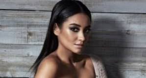 Shay Mitchell Height, Weight, Age