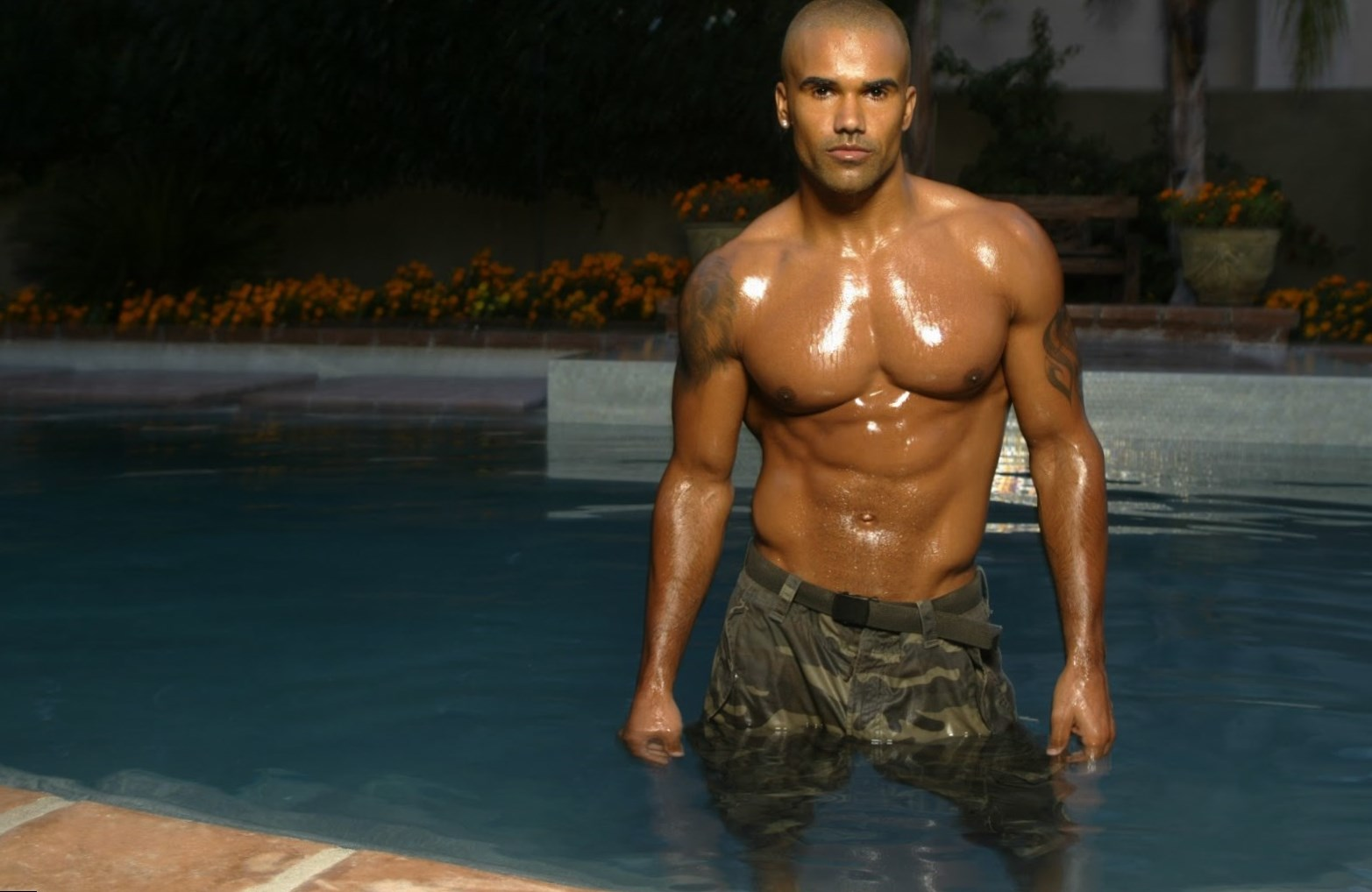 Shemar Moore Body Measurement