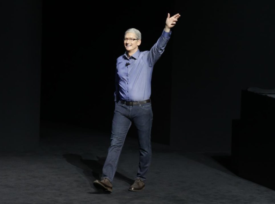 Tim Cook Weight