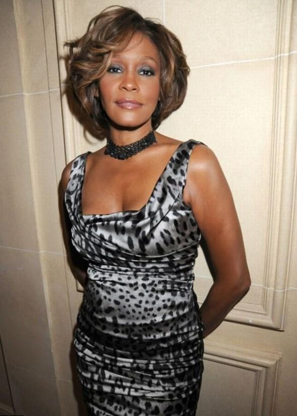 Whitney Houston Height, Weight, Age