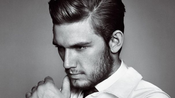 Alex Pettyfer Height